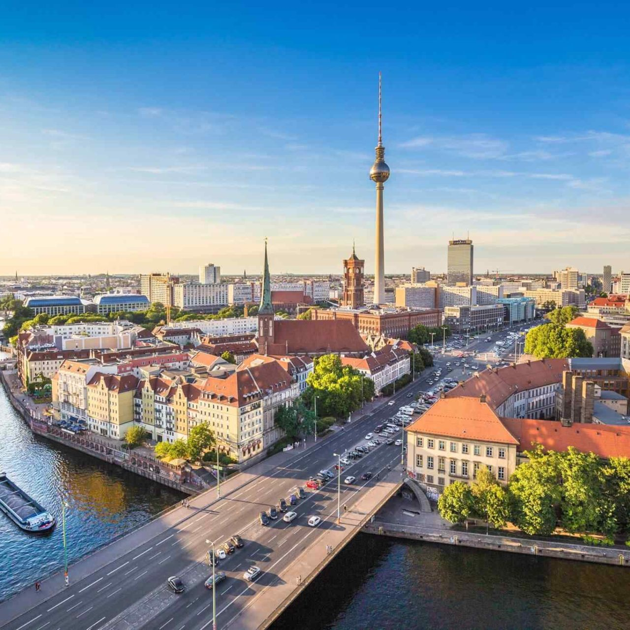 https://www.banitours.com/wp-content/uploads/2018/09/destination-berlin-05-1280x1280.jpg
