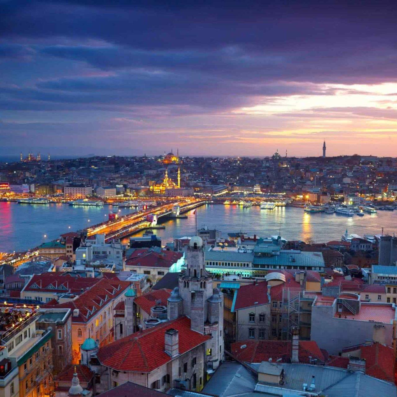 https://www.banitours.com/wp-content/uploads/2018/09/destination-istanbul-01-1280x1280.jpg