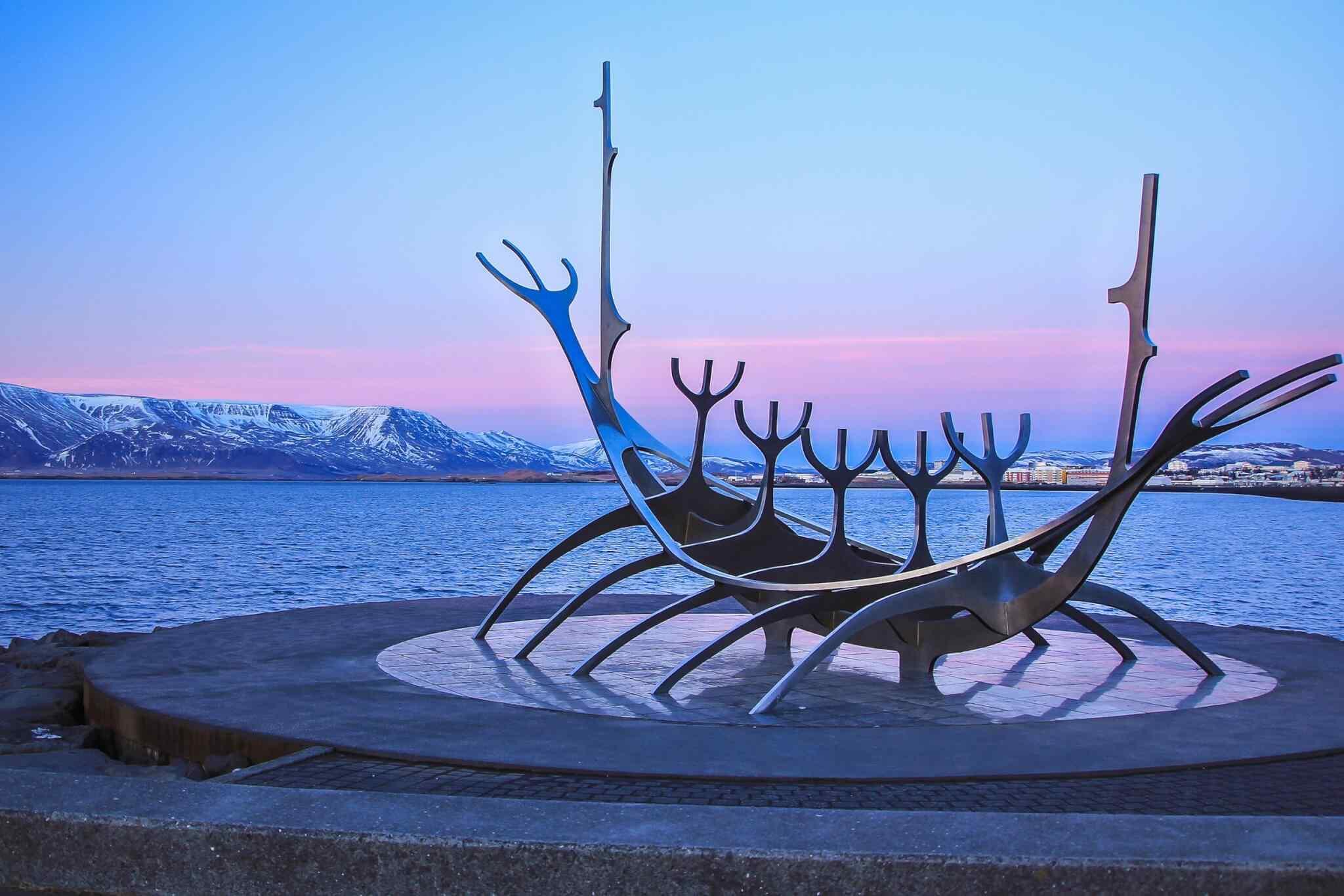 destination-reykjavik-01
